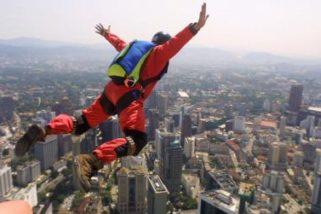 Vineyard Views Blog: Falling 25,000 Feet